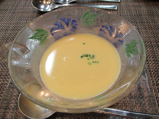 宮崎産ゴールドラッシュの冷製スープ