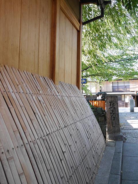 京町家の犬矢来