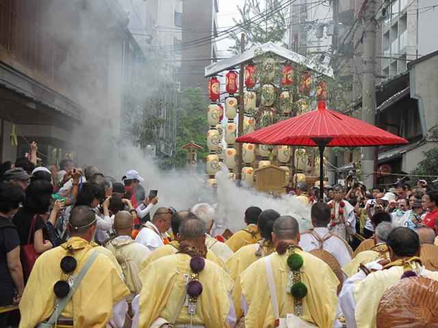 祇園祭・山伏12