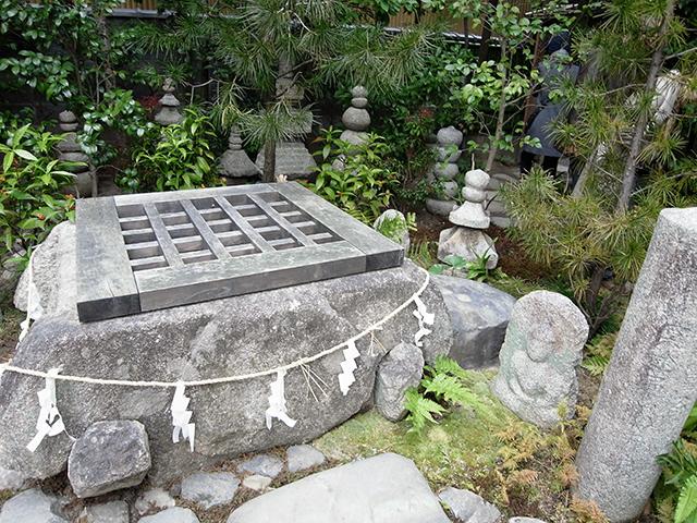 六道珍皇寺-冥土通いの井戸