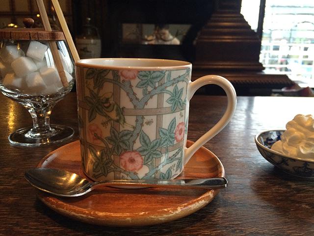 柳月堂「名曲喫茶」 - ウインナーコーヒー