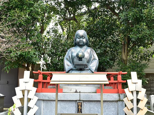 千本釈迦堂 - おかめ像