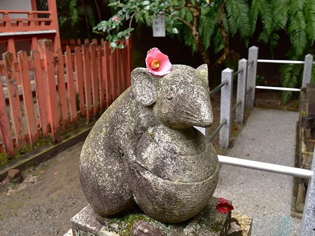 大豊神社 - 狛子