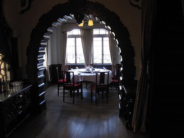 東華菜館 - 2階 個室