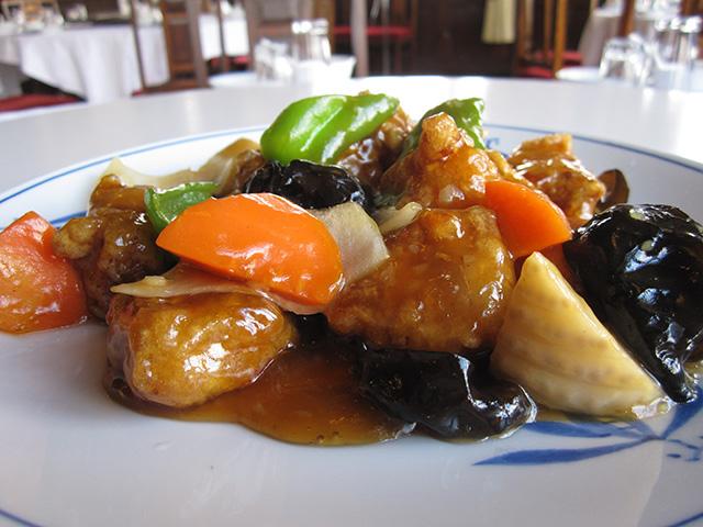 東華菜館 - 酢豚