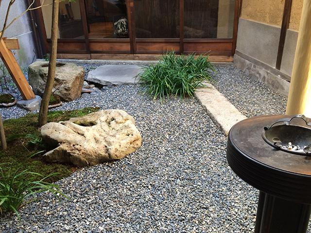 市川屋珈琲 - 坪庭
