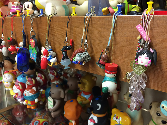 ブリキのおもちゃと人形博物館 - 最近のおもちゃ