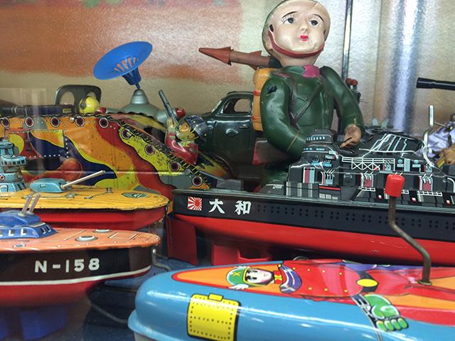 ブリキのおもちゃと人形博物館 - マンガミュージアム2