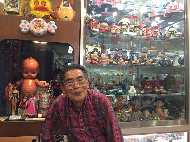 ブリキのおもちゃと人形博物館 - 館長2