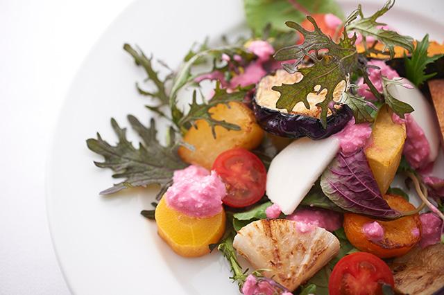 本願寺 おてらかふぇ&まるしぇAKARI - 野菜サラダ