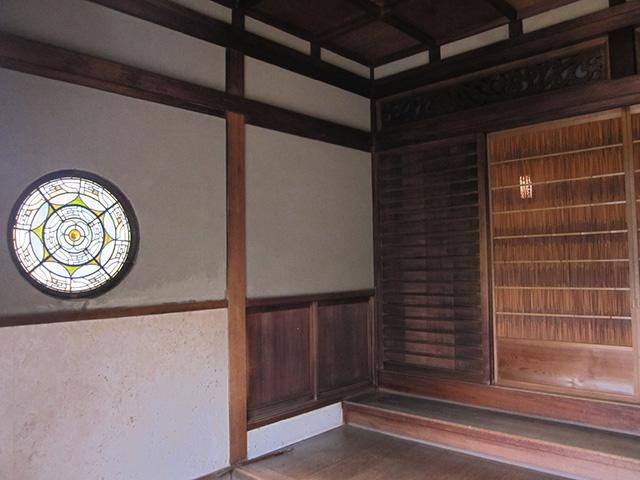 カフェ真古館 - 吉田山荘 玄関