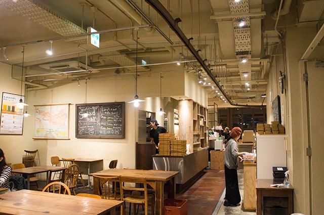 mumokuteki cafe & foods - 店内2