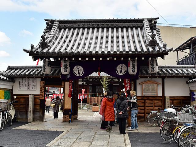 上徳寺 - 山門