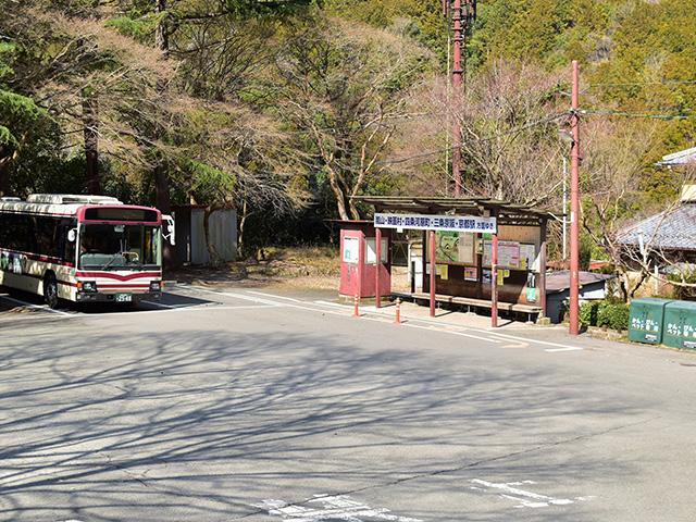 清滝のバス停