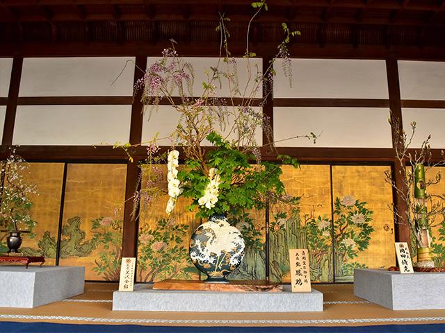 大覚寺の「華道祭」 - いけばな1