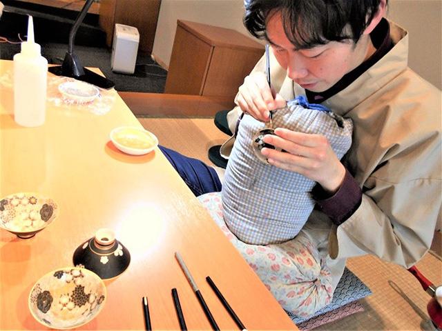 京都伝統工芸館 - 絵付け2