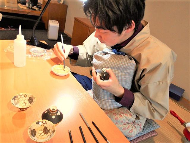 京都伝統工芸館 - 絵付け1