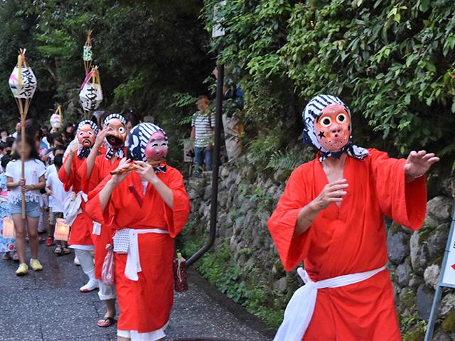 千灯供養(あだし野念仏寺)- ひょっとこ踊り