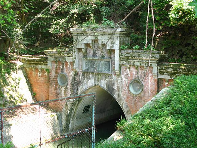 琵琶湖疎水トンネル出入口2