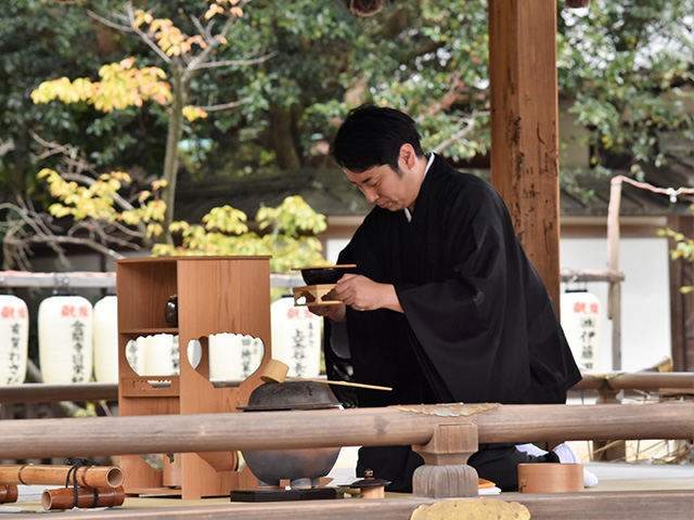 紫式部祭(平野神社)- 献茶式2