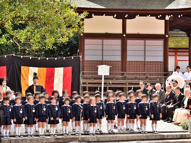 流し雛(下鴨神社)- 合唱