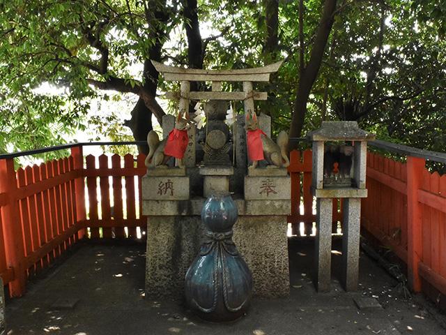 折上稲荷神社 - ひょうたん大神