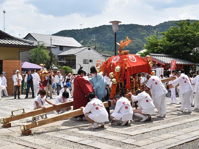 折上稲荷祭(折上稲荷神社)- 神事