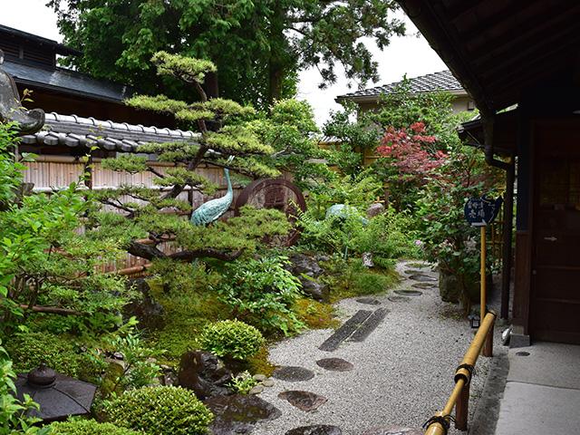 庭園3(穂野出)