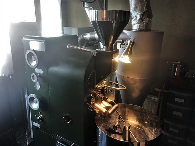 カフェ デ コラソン - 焙煎機