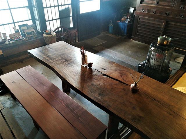 いただき繕 - テーブル席
