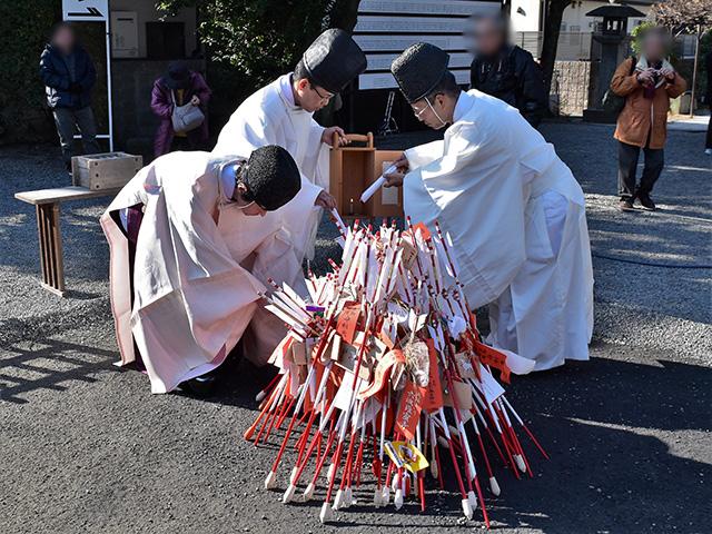 古札焼納祭1(西院春日神社)