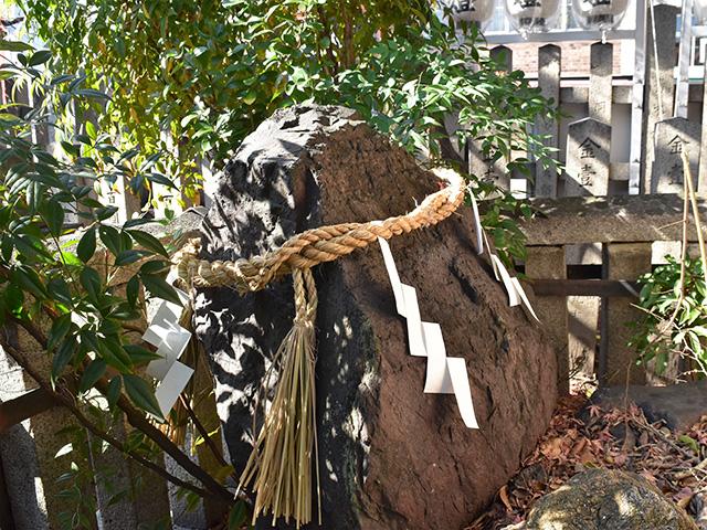満足稲荷神社 - 岩神さん