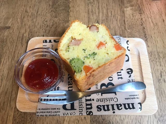 KAEru coffee - ケークサレ