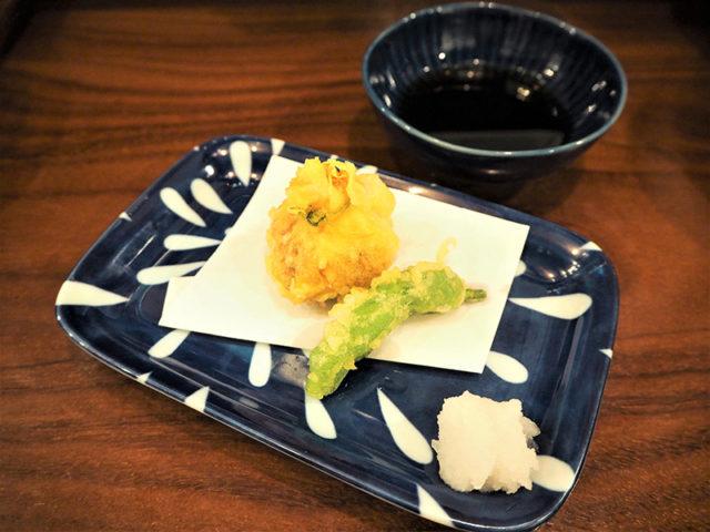 花雷 烏丸店 - 一品料理(牡蠣しんじょうの湯葉揚げ)