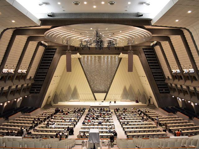 国際会館5