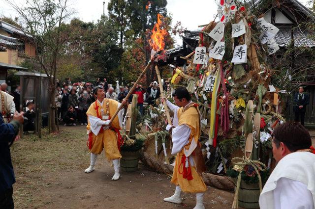 新熊野神社 - 左義長神事4