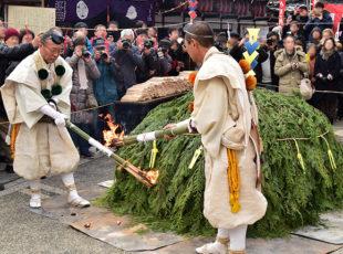 一億日分の功徳を授かる! 上徳寺の「世継地蔵尊大祭」