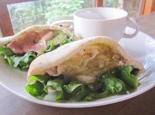 吉田山の緑に抱かれたカフェ「茂庵」